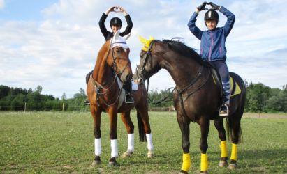 Laura Krastiņa ar Askel , Liene Zāģere ar Zuzi treniņā